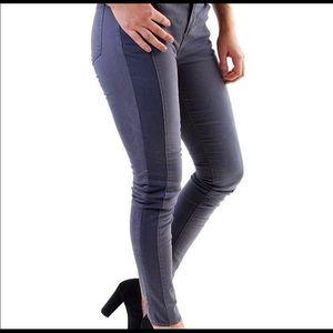 J Brand Kinsey Shark Skin Jeans 32 Excellent!